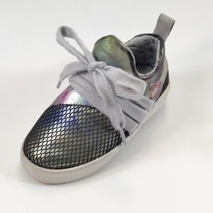 Madden Girl Metallic Lace Up Sneaker